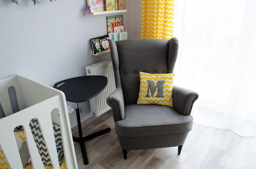 feeding chair Ikea strandmon gray