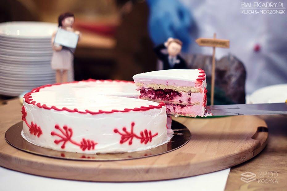 kameralny ślub tort weselny