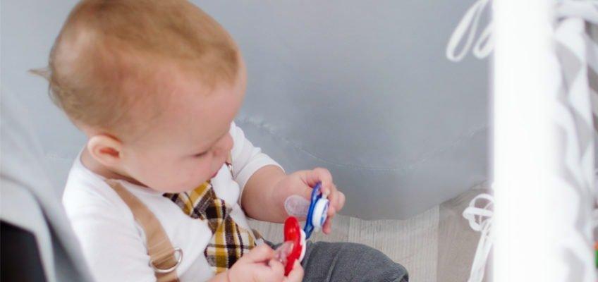 jak odsmoczkować dziecko