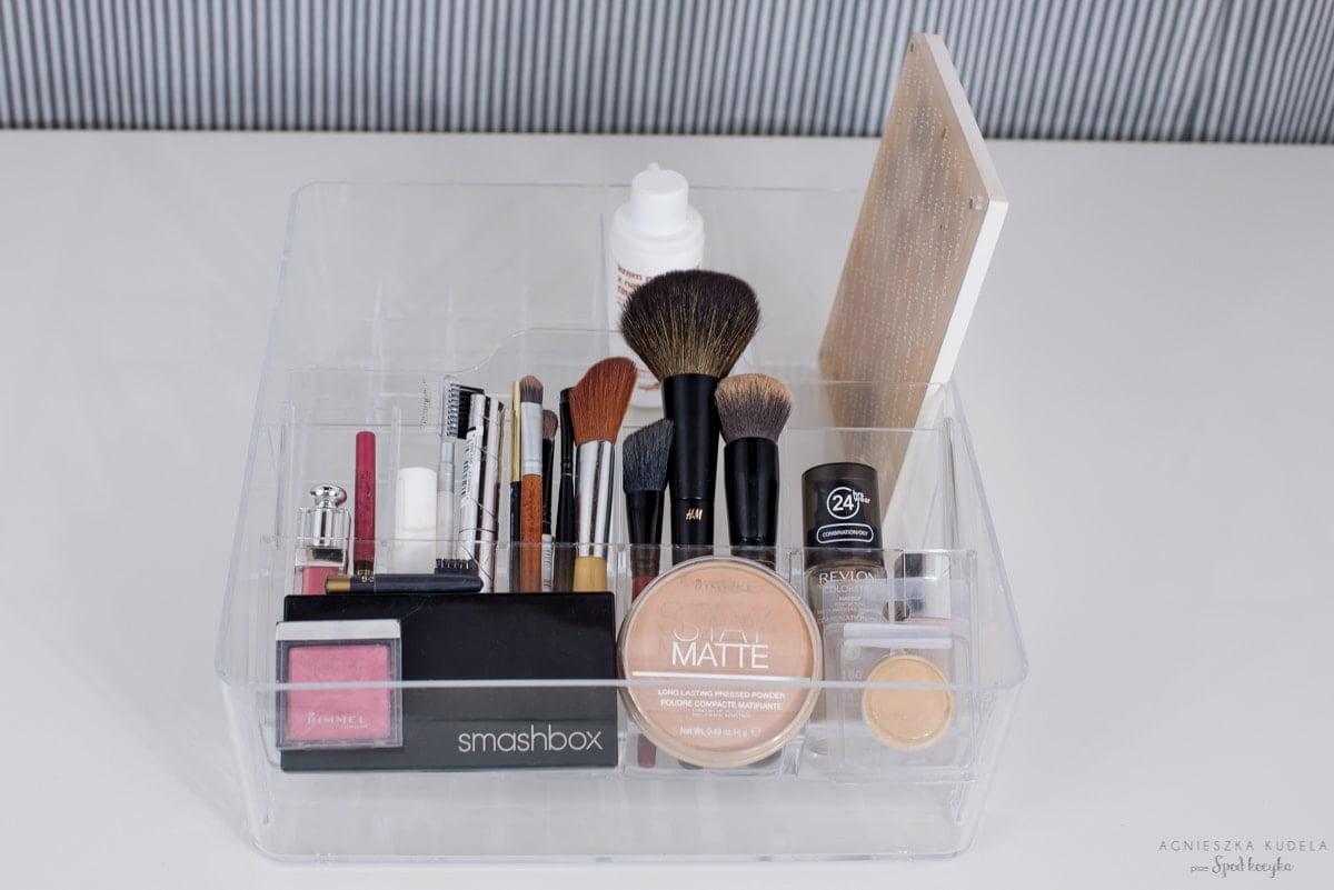 minimalizm najlepsze kosmetyki kolorowe