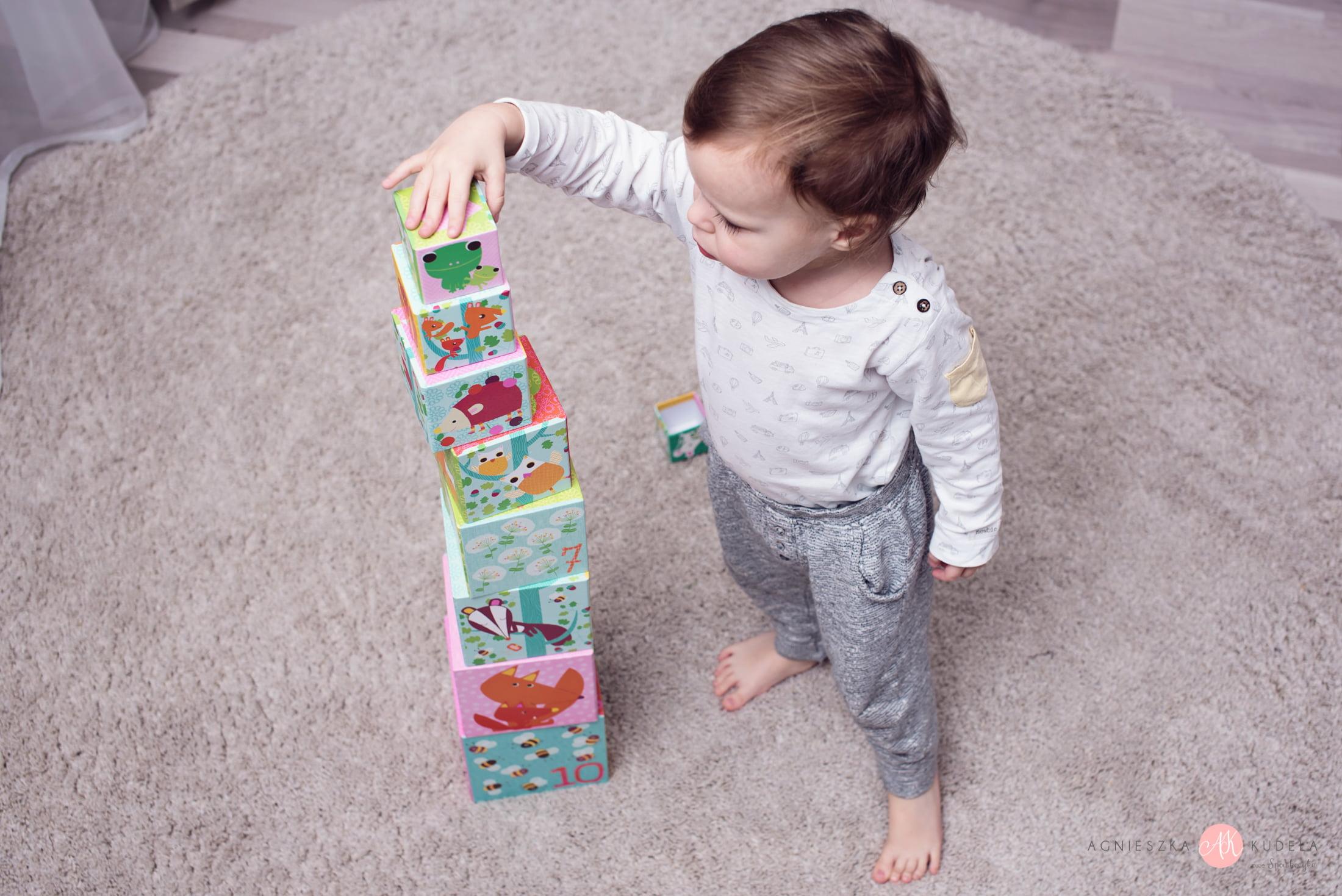 jakie wybrac zabawki edukacyjne dla dwulatka