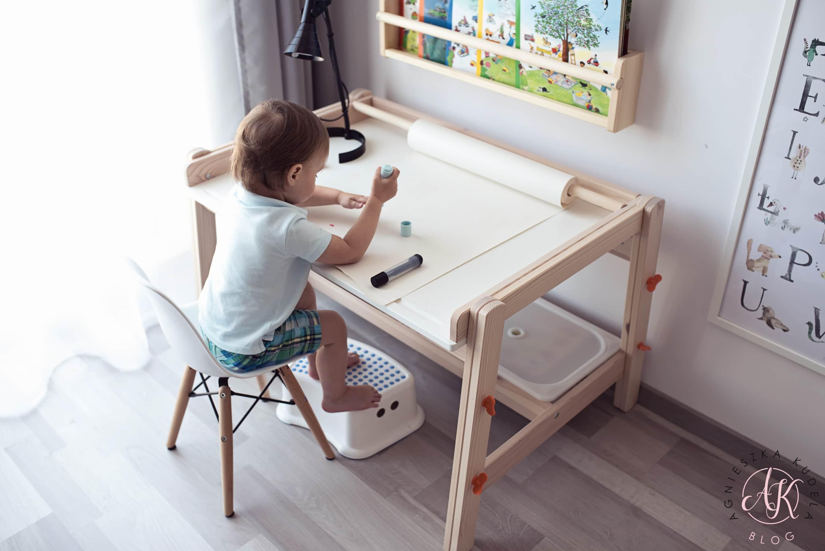pokój dziecięcy krzesełko eames