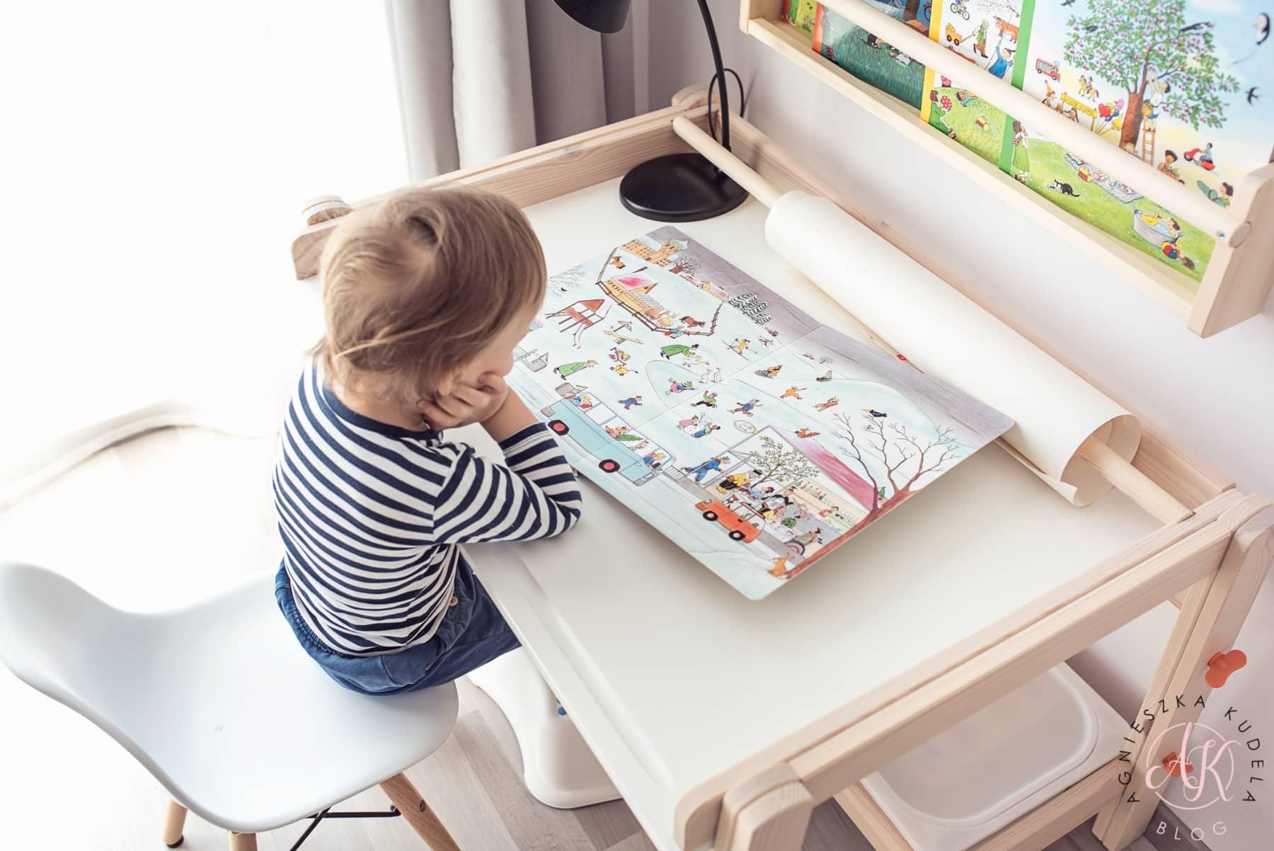 pierwsze biurko dla dziecka