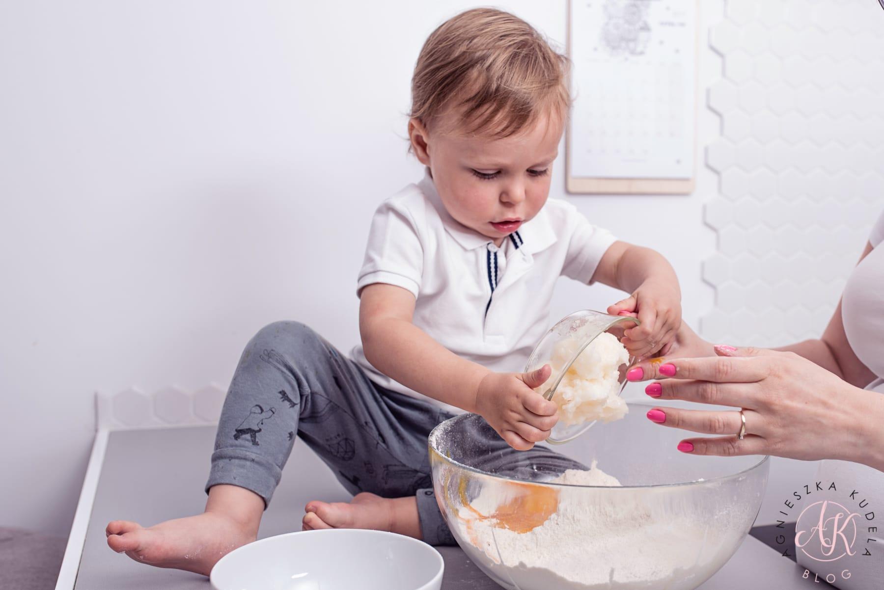 ciastka bez cukru, mleka i masła przepis