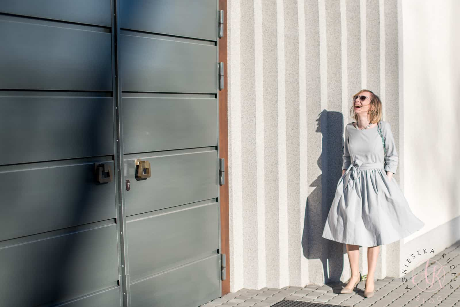 Sukienka szara Marie Zelie