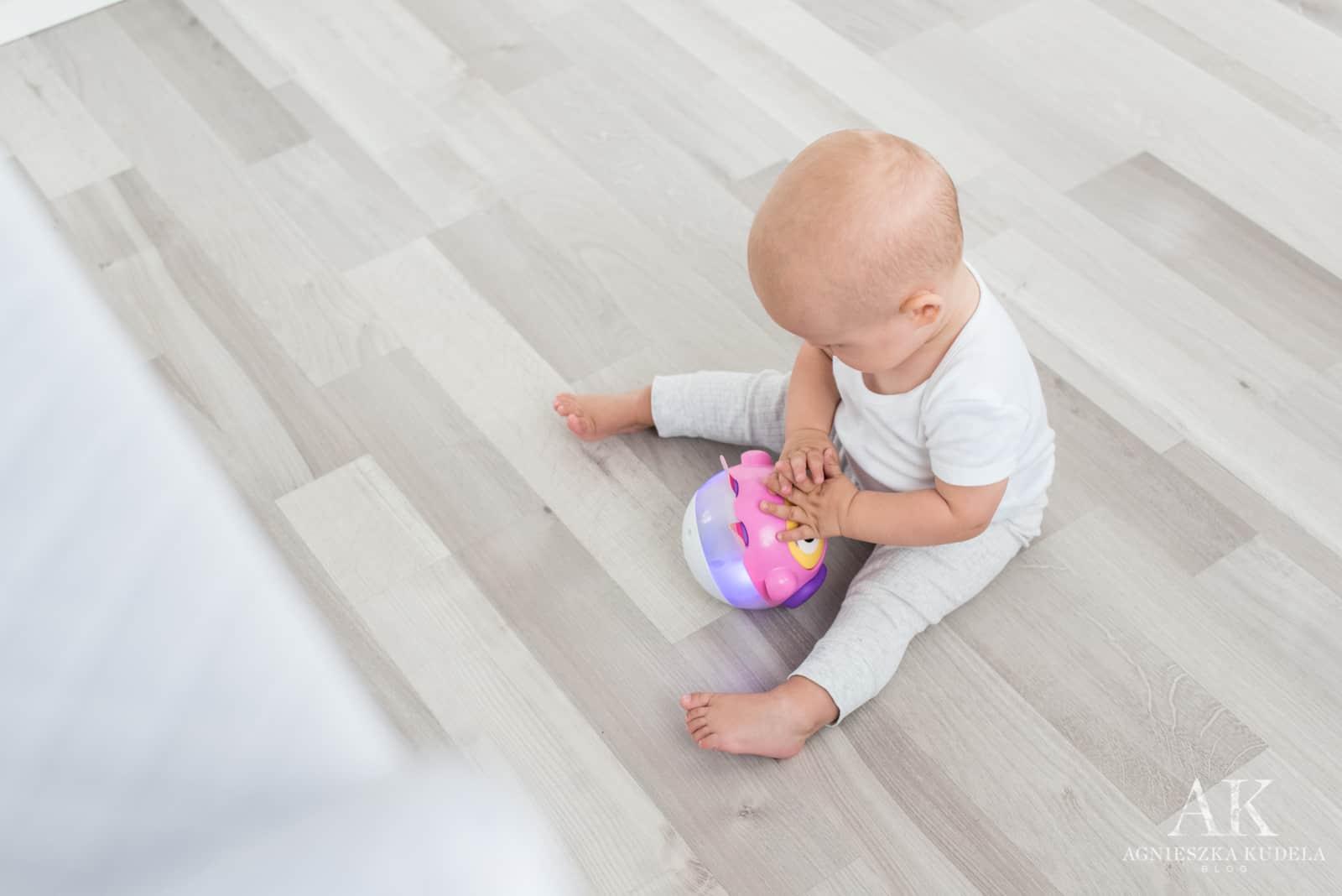 grająca kula dla dziecka