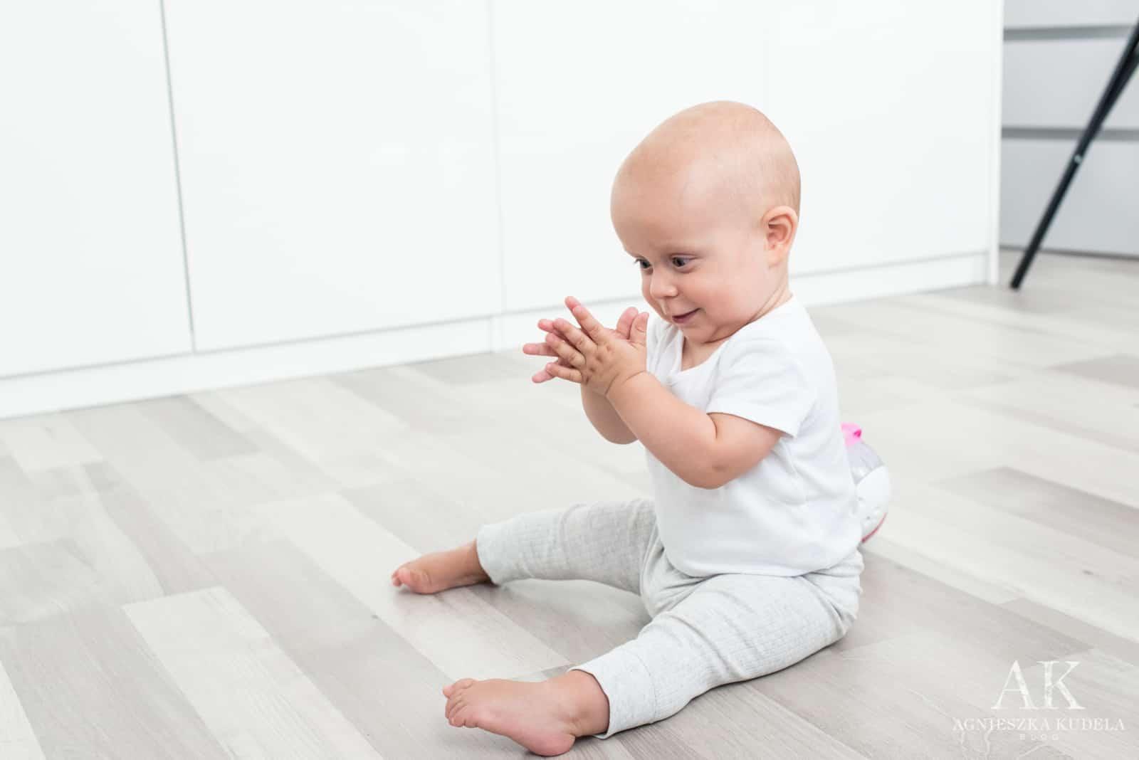 zabawki wspierające rozwój niemowlaka