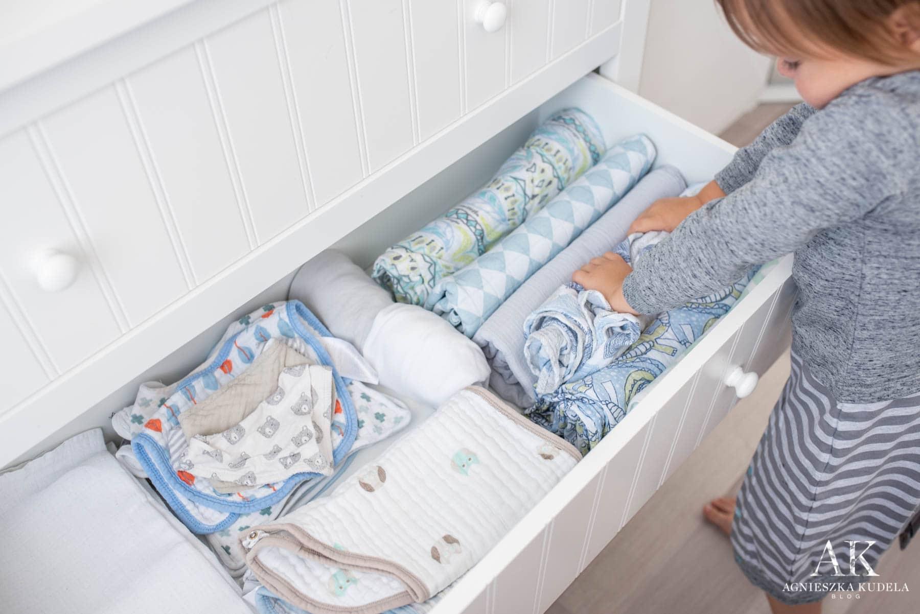komoda z przewijakiem pieluszki muślinowe dla dziecka