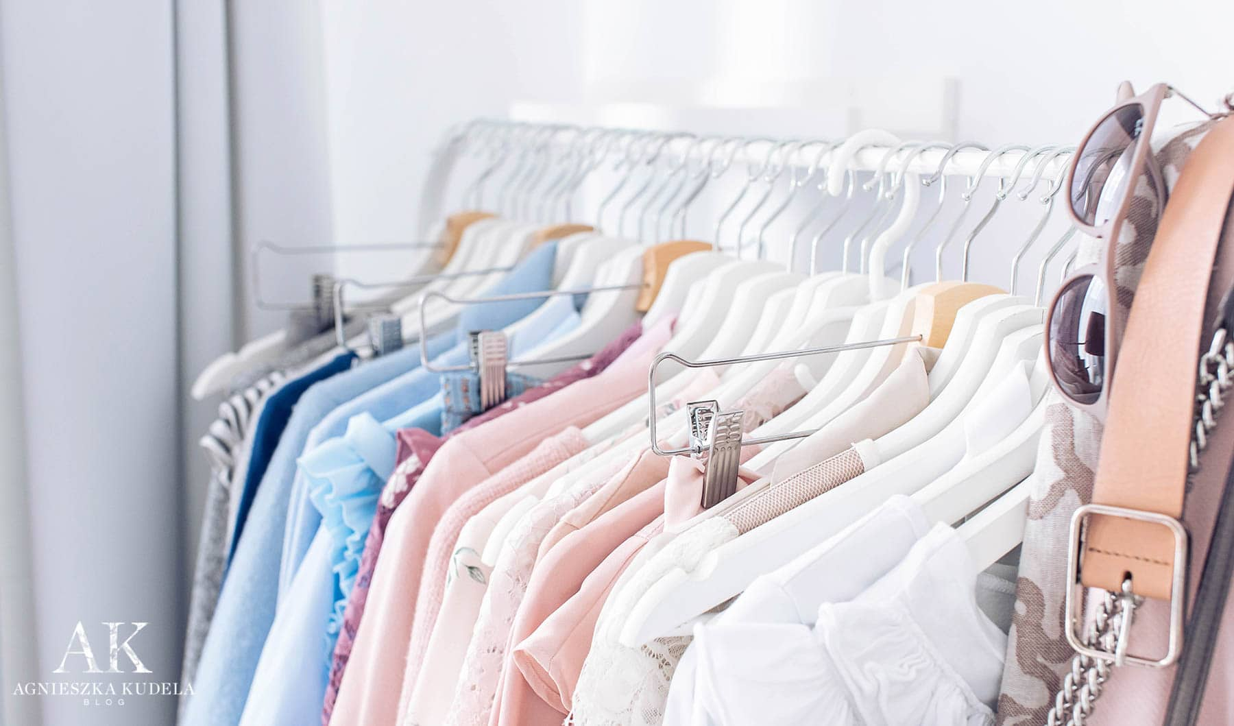 capsule wardrobe in the spring