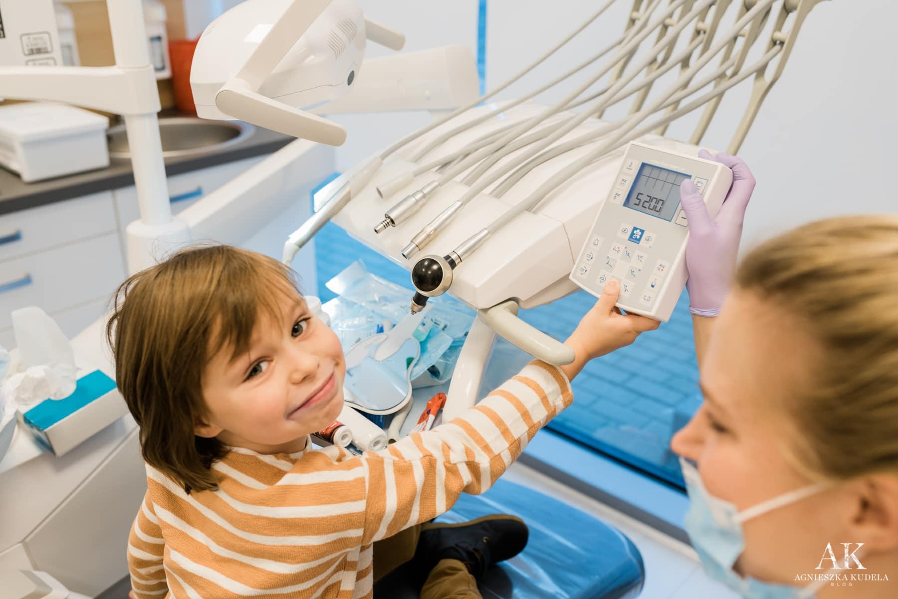 nauka mycia zębów dla dzieci