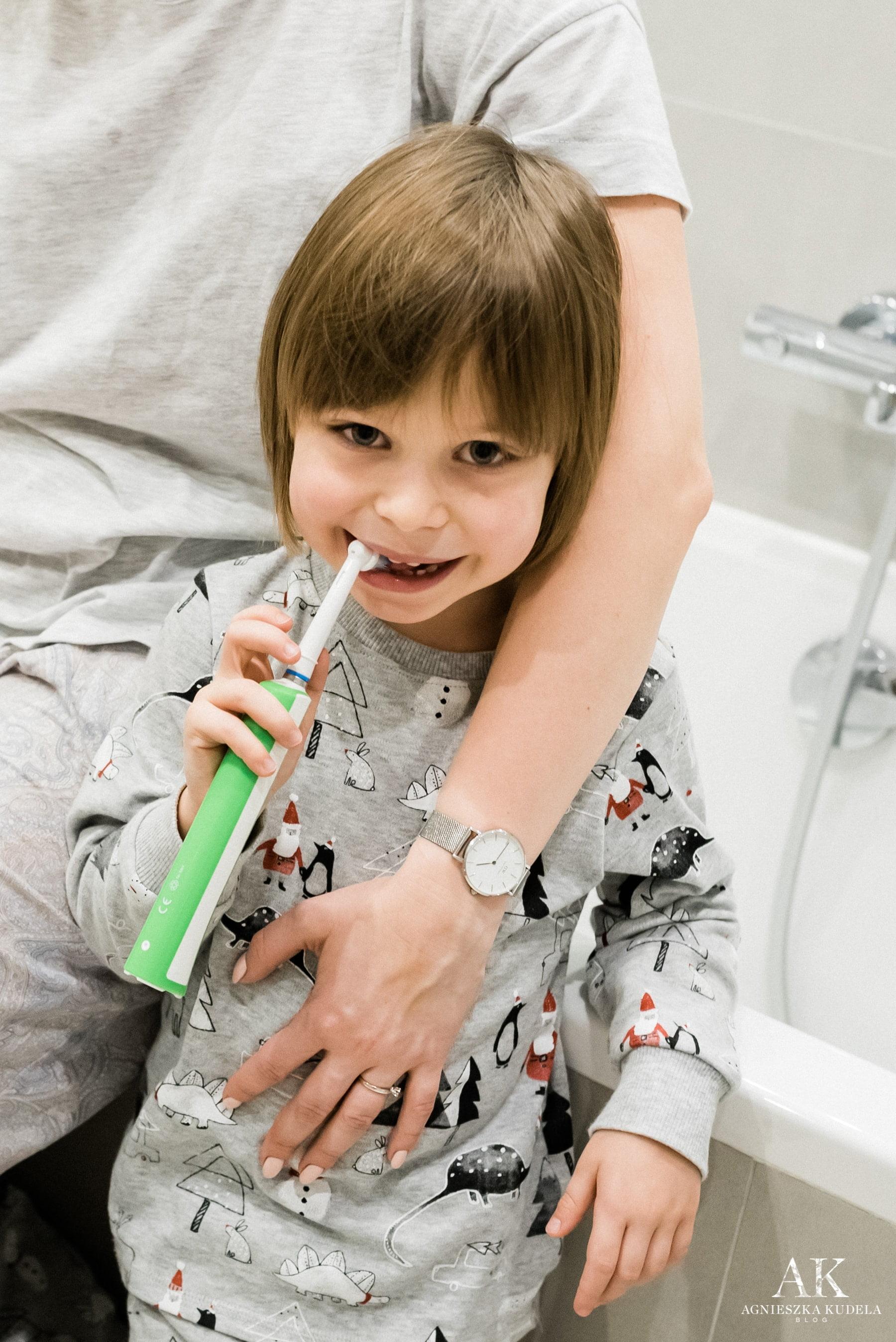 szczoteczka elektryczna dla dzieci 7+