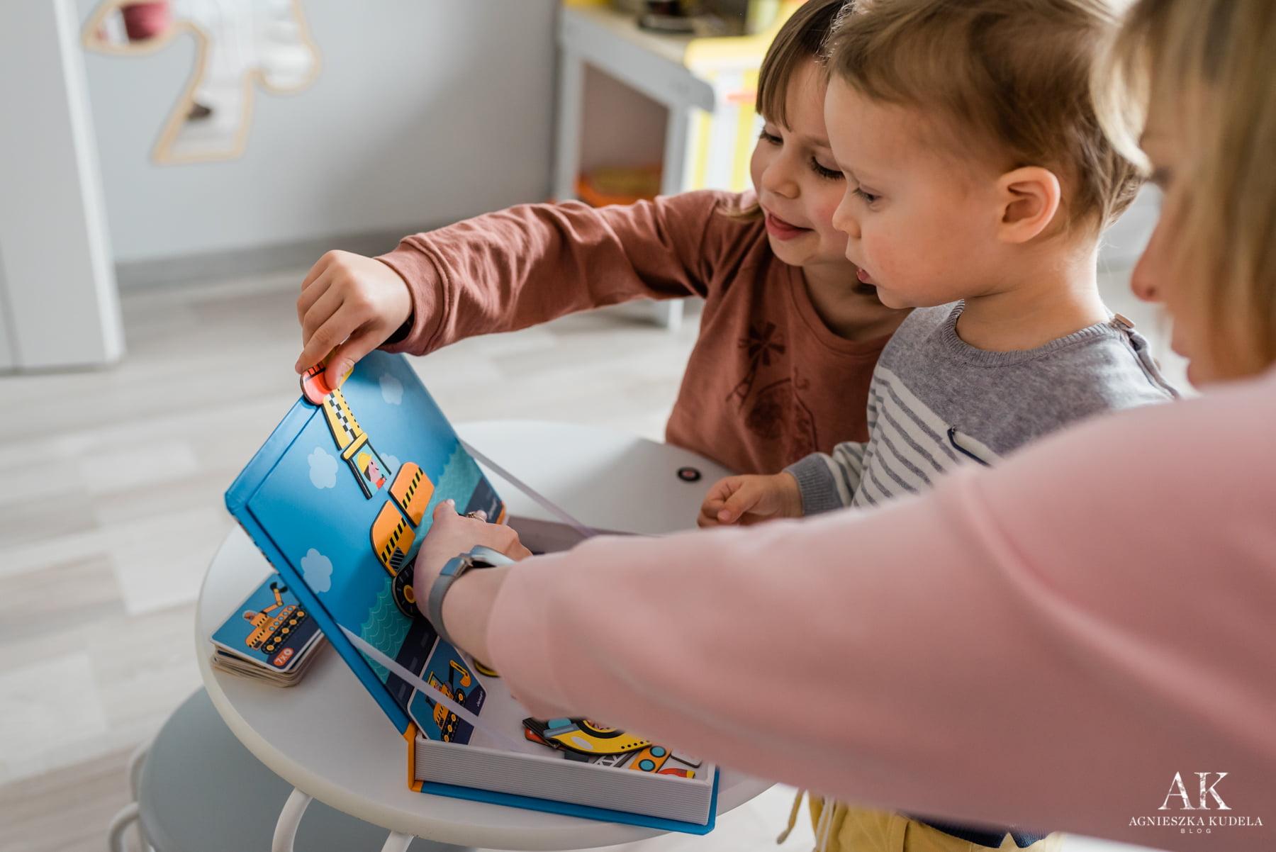 zabawki dla trzylatka układanka magnetyczna