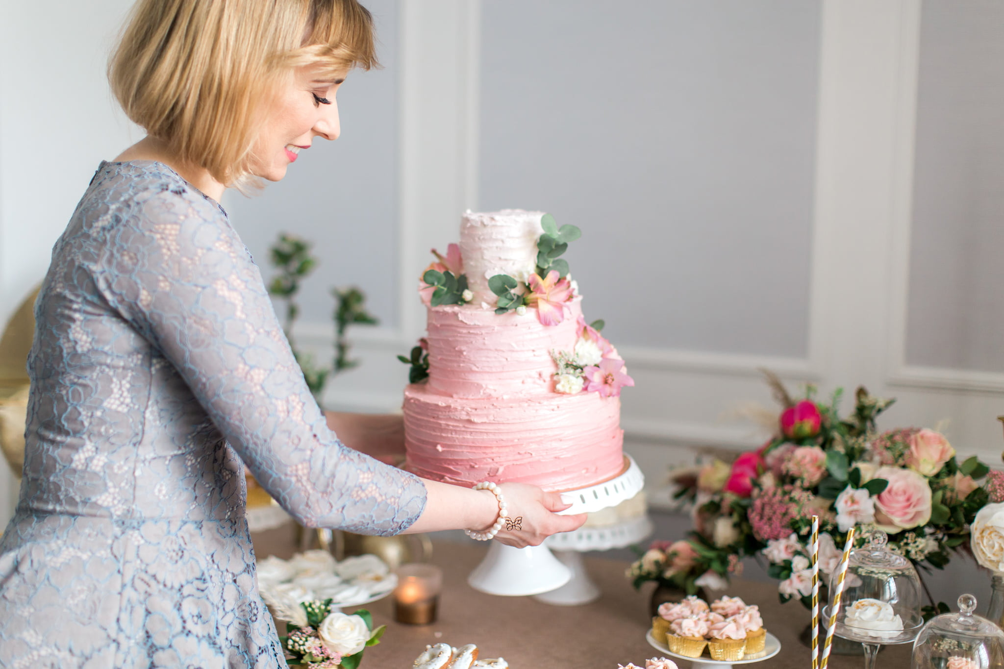 what features and predispositions of a wedding planner